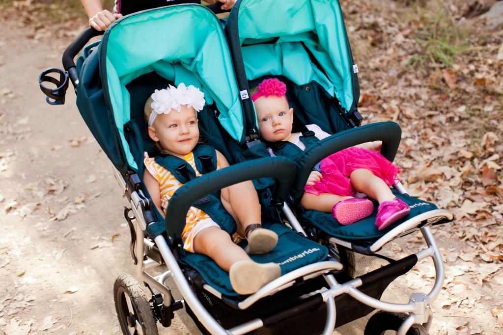 2 silla de paseo gemelar del abril 2018 for Bebe 3 meses silla paseo