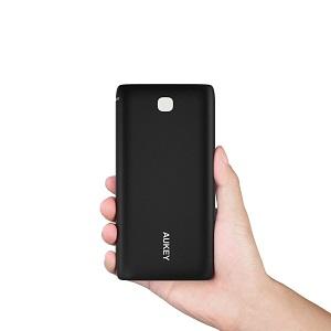 1.2 Aukey Batería Externa 20000mAh
